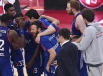 Euroleague : Olympiacos - Anadolu Efes : 71 - 73