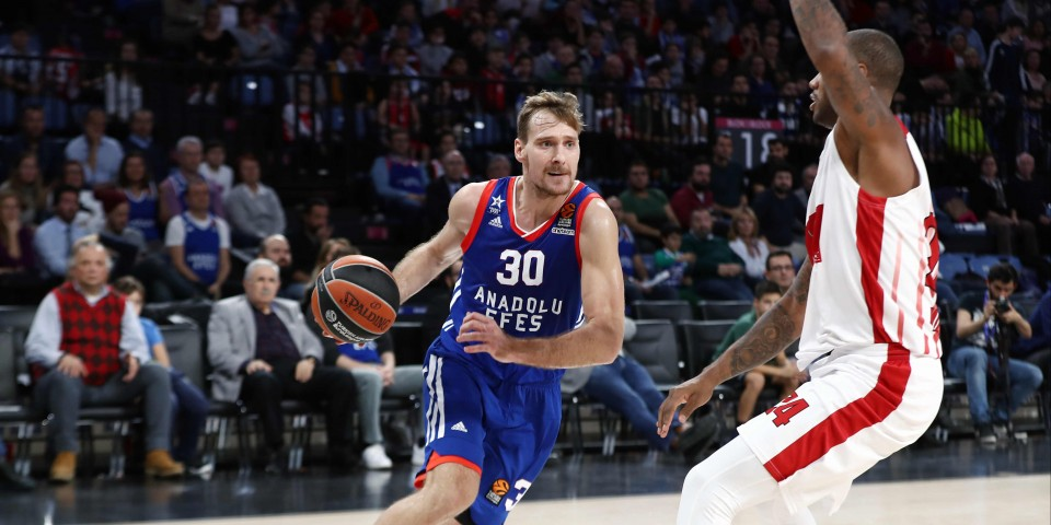 Anadolu Efes won at the last breath: 73-68